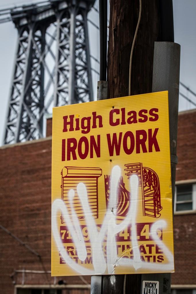 Sign in front of Williamsburg bridge