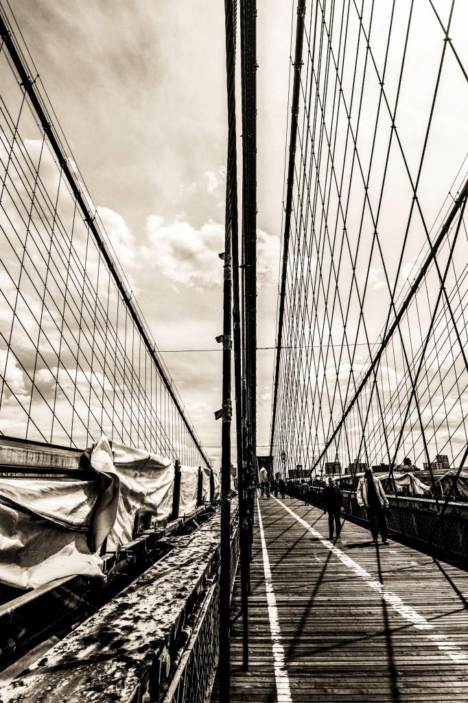 unusual view of Brooklyn bridge