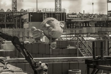 Through the fence: Les Halles redevelopment project, Paris