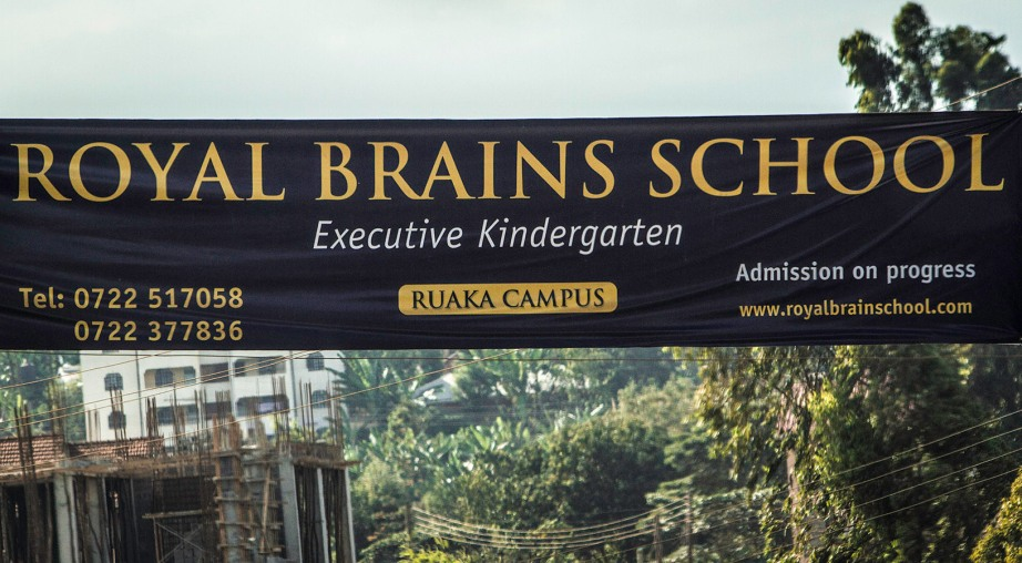 Street Shot: Advertisment for 'Royal Brains' kindergarten in Nairobi